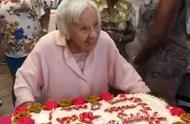 美国107岁老人分享长寿秘诀:一辈子别结婚,多吃意大利菜