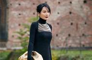 48岁俞飞鸿颜值爆表:米兰时装周尽显优雅 网友感慨岁月从不败美人