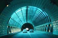 秦岭隧道施工灵异事件,不明原因的敲头事件