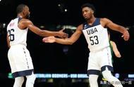 美国男篮12人名单公布,库兹马因伤退出。
