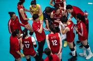 中国女排明天对阵巴西!最新14人大名单出炉,她俩落选