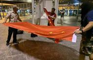 忍无可忍,香港市民终于发声,港澳办给乱港分子挑明后果