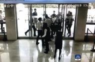 深圳投资者维权时非法冲击证监局大门,打伤保安,5人被行拘