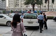 言语辱骂、砸西瓜、狂拽执行干警?两女子暴力抗法被拘!