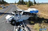 中国旅行团在美国犹他州发生严重车祸:已致4死15人重伤