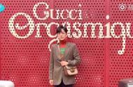190922 肖战亮相米兰秀场 看秀造型公开复古穿搭尽显暖男气质