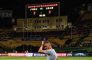 卫冕冠军四轮不胜,上海上港进攻受阻,是时候战略放弃了吗?