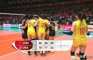 中国女排赛后疯狂庆祝!郎平对朱婷竖大拇指,赞弟子们:打得好