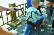 """【艾特说】单车""""花式""""载人法,安全隐患实不少!"""