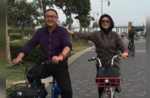47岁于月仙老公曝光,这长相一言难尽,网友:难怪一直没要孩子!