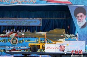伊朗建军节举行阅兵 鲁哈尼称伊朗无意侵略别国