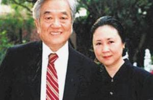 琼瑶宣布将生病丈夫移交给继子女,爱情至上的她终于放弃爱情了?