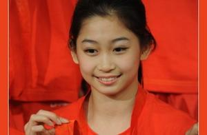 """前中国体操女队队长,北京奥运夺冠后却说:""""妈妈不用要饭了""""!"""