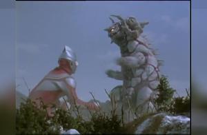 迪迦奥特曼:怪兽学迪迦变身,变不了身还不高兴的很!