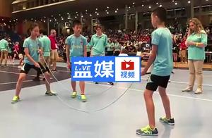 肉眼看不清的速度 中国小学生跳绳世界杯夺60枚金牌