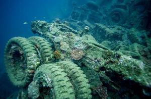 南太平洋隐藏巨型海底垃圾场,军用品成最大的海底垃圾