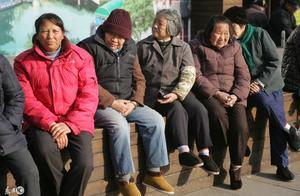北京城乡居民养老金再次上调,居民养老保险该怎么涨?