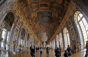 法国凡尔赛宫原来是一片沼泽荒地 1979年被列入世界文化遗产名录