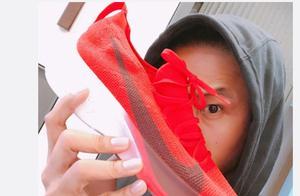 陈建州微博晒名牌运动鞋,有些甚至有钱都抢不到