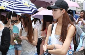 台湾美女空姐罢工——史上颜值最高的华航空服员罢工抗争