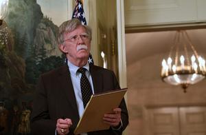 事态严重!这国替美国出头,竟扣押伊朗油轮,伊朗已召见该国大使