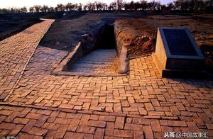 小说:发现成吉思汗陵(27)依德尔莫格历险:古墓惊魂