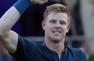 英国一哥横扫对手轻松晋级男单16强,第四轮战费德勒值得关注