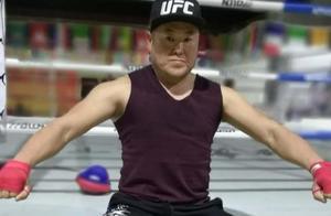 昨夜,跆拳道暴打传统武术!里合腿大师田野被跆拳道冠军TKO!