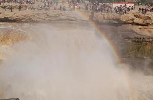 延安不止有壶口瀑布和宝塔山,只是壶口瀑布这么美的彩虹你见过吗