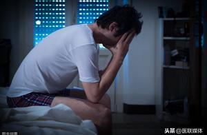 """睡觉时出现这4个问题,多是肝脏""""出事""""了,得及早就医"""