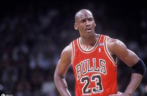 NBA总决赛拿1000分有多难?历史上仅有2人做到,科比只有937分