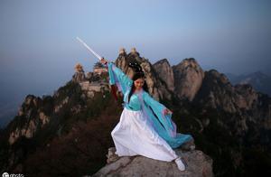 历史二三事:李白被黑、草圣疯颠、裴旻神剑。神剑曾被严重抹黑!