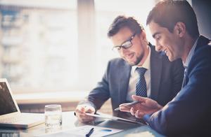 成年人在职场,到底有多少崩溃?