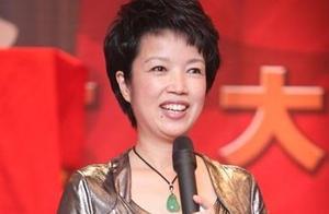 央视主持人黄薇近照,曾16次演周恩来妻子,老年人心中的偶像!