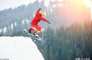 首座跳台滑雪中心:北京冬奥会的雪如意,速滑馆的冰丝带