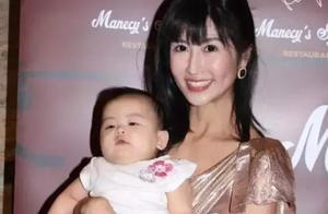 前中国小姐未婚生女母爱泛滥 分享育儿经验出绝招保护爱女