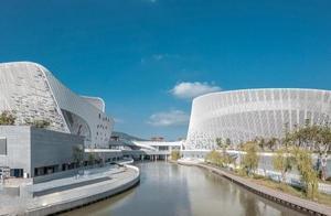 """福建所打造的一个新文化地标,耗资27亿,却像散落地上的""""元宝"""""""