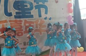 湖北大悟�h�⒓�����幼��@小朋友表演�目