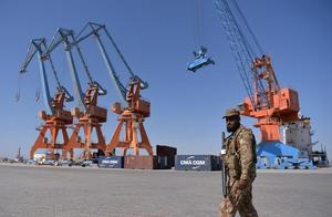目标中国人!巴基斯坦瓜达尔港酒店枪击案,安全警报再次响起