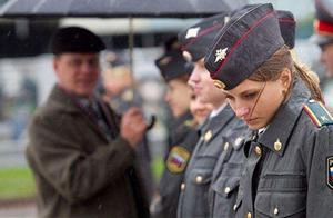 俄罗斯内忧外患严重,一年有400人损失,但却成功逮捕消灭2万人