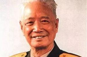 他位居上将,一门六出将军,却在40岁前不知亲娘,至死不知生父是谁,成为一个谜团…