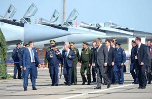 6架苏-57战机护航!普京在美国务卿到访同天视察尖端武器