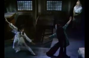 神秘小姑娘对战黄蓉,居然会使桃花岛武功,老顽童鼓掌:有意思