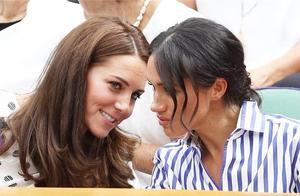 英国双妃现身温网决赛,凯特和梅根美得各有千秋