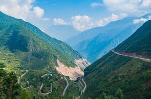丽江自驾到泸沽湖,那段不比秋名山差的十八弯,可一定要小心!
