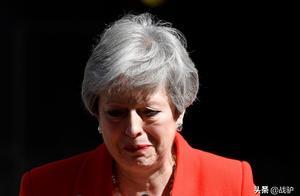 特蕾莎梅哽咽辞职:不列颠请别为我哭泣,接下来才是至黑时刻