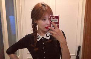金泫雅今日穿搭麻花辫娃娃衫超减龄 嘴唇自拍特写是做了丰唇吗?