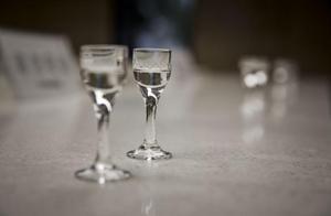 假冒伪劣酒丧心病狂,怎样预防买到山寨酒呢?