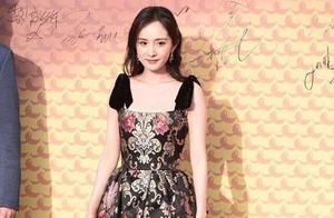 亚洲影视周开幕,沈腾合照表情太丰富,黄晓明却跟贾乃亮撞脸?