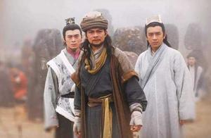 天龙中比乔峰厉害的人不在少数,但为何都打不过他?秘密被说出